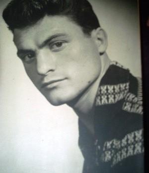 Ilie Greavu - tanar